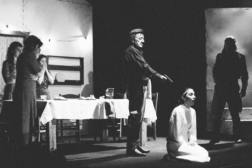 Vasiliko karpo exorixi lavrio theatre Nikolas Polatos 02